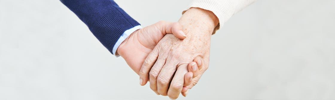 Hand in Hand mit dem Pflegedienst High Care in Kamen.